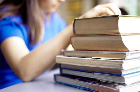 http://www.danylenko.at.ua/novunu/student.jpg